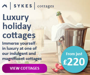 PET CHECK UK, Sykes Holiday Cottages banner